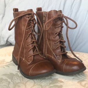 Young girls boots size 9